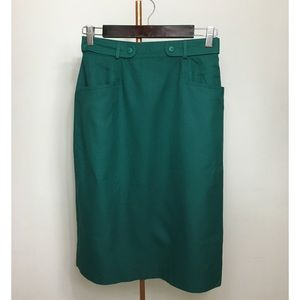 ⭐️HP⭐️Vintage Forest Green Pencil Skirt